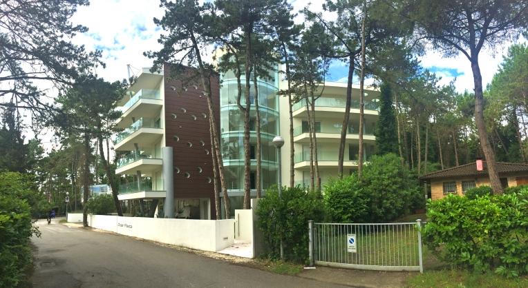 dream-palace-esterno