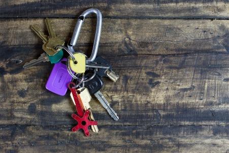 keys-1837155_1920